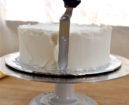 Tutorial Cake Design: Come Coprire una Torta con la Pasta di Zucchero