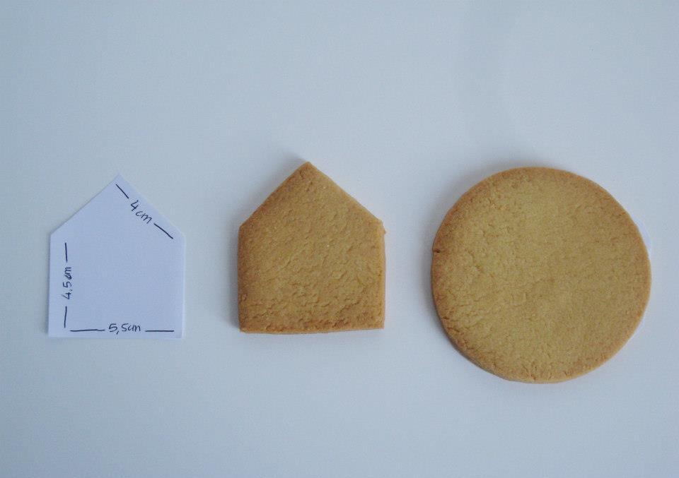 Ritagliare le Sagome dei Biscotti