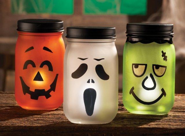 Speciale Halloween 10 Idee per Arredare Casa Barattoli Decorati