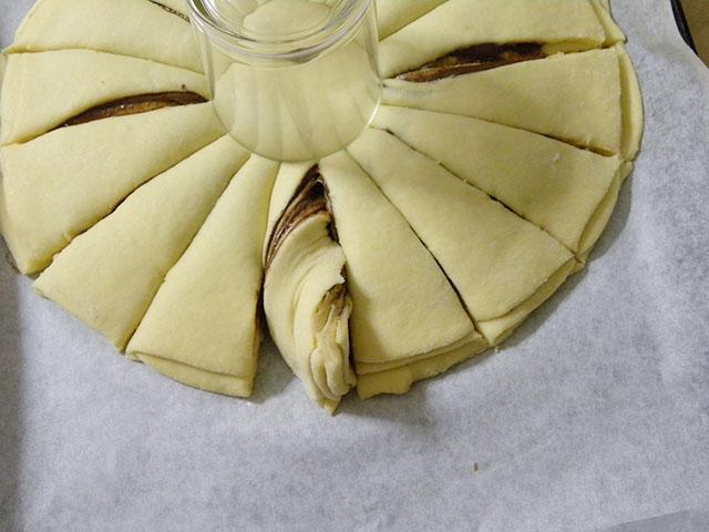 Pan Brioche alla Nutella-Arrotolare il Pan Brioche in senso Antiorario