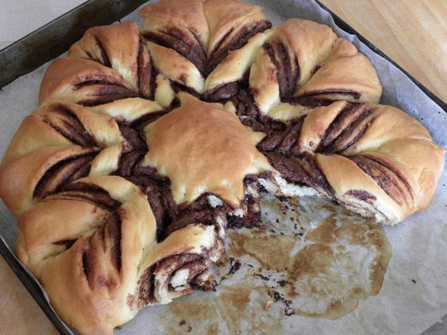 Pan Brioche alla Nutella-Fiore di Pan Brioche Happycakestoyou