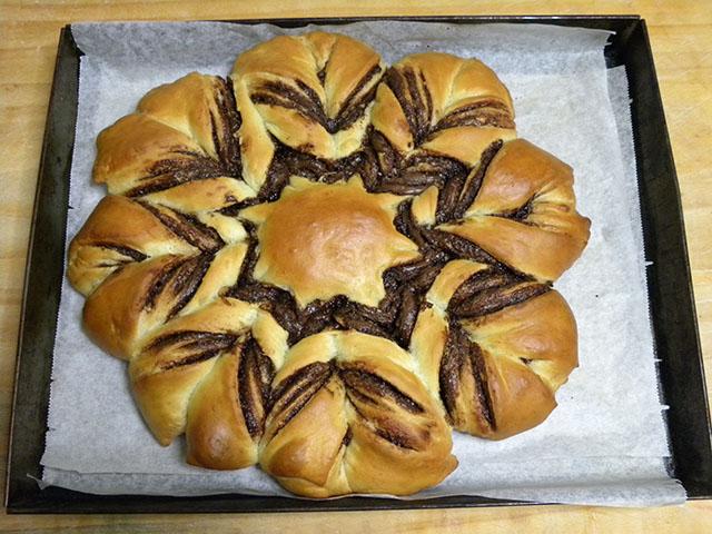 Pan Brioche alla Nutella-Fiore di Pan Brioche